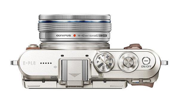 Olympus E-PL8. Botonera de la parte superior
