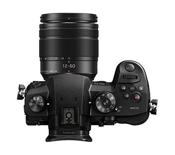 Panasonic Lumix GH5 - Vista superior con objetivo