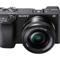 Cámara EVIL Sony a6400 - Vista frontal con objetivo