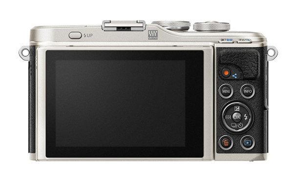Cámara sin espejo Olympus E-PL9 - pantalla y botonera